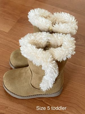 Toddler girl boots by Cat & Jack, size 5, kids shoes for Sale in Sun City, AZ