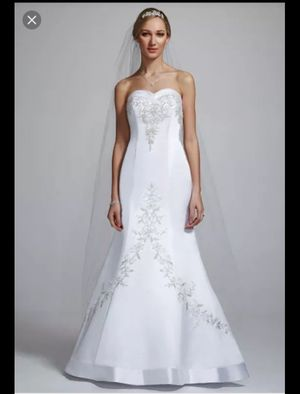 Wedding dress for Sale in Indianapolis, IN