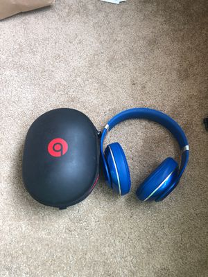 Beats studio headphones for Sale in Seattle, WA