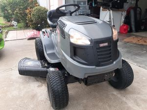 Craftsman LT1500 riding lawn mower for Sale in BVL, FL