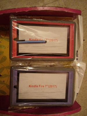 "2 kindle fire 7"" 2017 protective case with screen protector... for Sale in Las Vegas, NV"