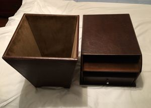 Classic Executive Desk Set; Faux Leather for Sale in Fort Lauderdale, FL