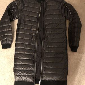 Woman's Puffy Long Coat Size Small for Sale in North Bend, WA
