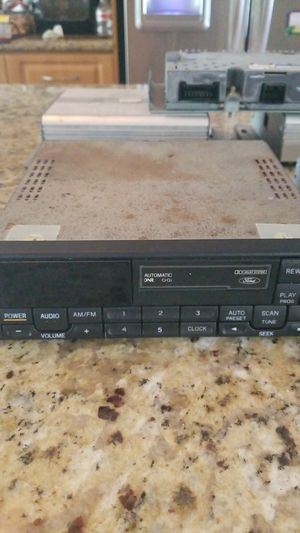 99-00 Mustang Mach Stereo System for Sale in Miami, FL