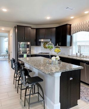 Kitchen cabinets Vanities Pantries for Sale in Lehigh Acres, FL