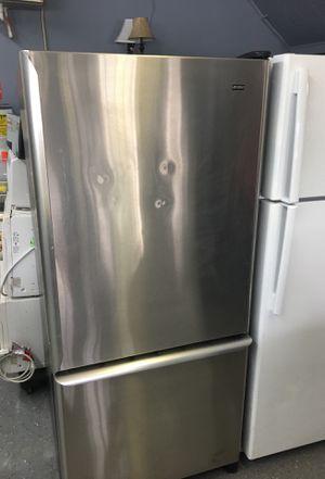 Kenmore refrigerator-30 day warranty for Sale in Orlando, FL