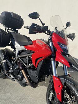 2013 Ducati Hyperstrada for Sale in Hawthorne,  CA