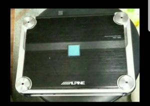 Alpine 600x1 monoblok for Sale in Houston, TX
