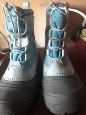 The north face size 13 toddlers for Sale in Lancaster, CA
