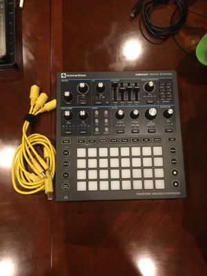 Circuit MONO STATION MKII-LIKE NEW for Sale in San Jose, CA