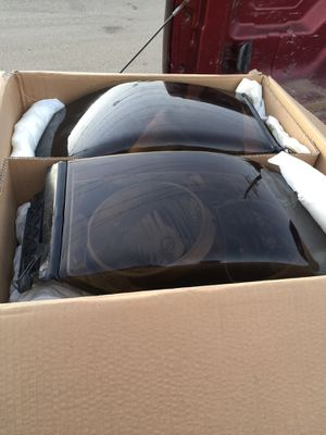 2006 dodge 2500 headlights for Sale in Riverside, CA