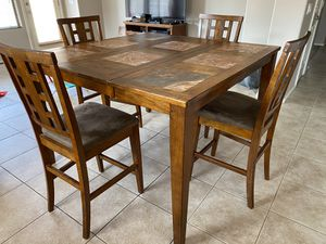 Dining Table with 4 chairs Must Go! for Sale in Sun City, AZ