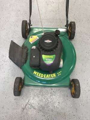 """Weed Eater 961140015 02 22"""" 5 Hp Push Gas Lawn Mower $99.99 for Sale in Tampa, FL"""