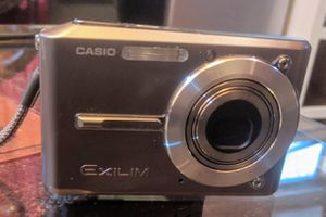 Casio Exilim EX-S500 Digital Camera for Sale in Seattle, WA