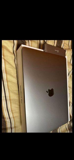 Macbook pro for Sale in BELLFLOWER, CA