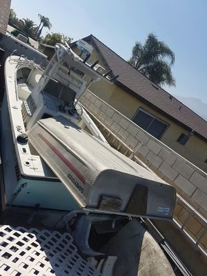 Aluminum fishing boat for Sale in Rancho Cucamonga, CA