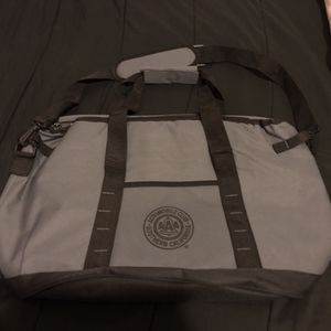 Insulated Cooler Bag for Sale in Fontana, CA