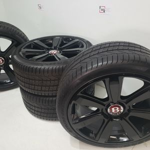 """21"""" Bentkey GT Continental black wheels and tires for Sale in Long Beach, CA"""