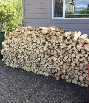 Firewood for maple. it not yet dry. $300 for Sale in Dundee, OR