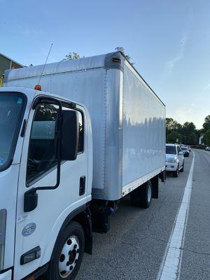 2013 Isuzu truck 16ft for Sale in Woodbridge, VA