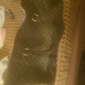 Louis Vuitton Duffle Bag for Sale in Tustin, CA