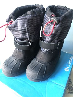 Youth(kids) Columbia Winter Boots Size 2 for Sale in Brookline, MA