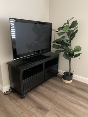 "46"" Panasonic TV for Sale in Irvine, CA"