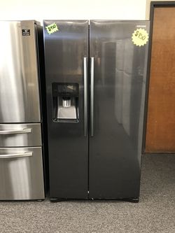 Samsung Black Stainless Side by Side Refrigerator for Sale in Arlington,  TX