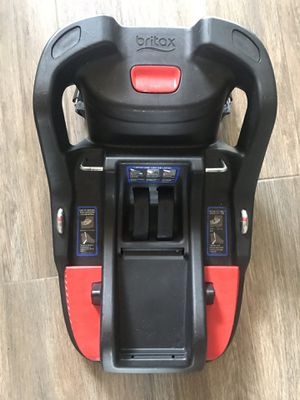 Britax car seat- BASE ONLY for Sale in Palm Springs, FL