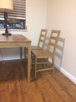 Kitchen table + 4 chairs for Sale in Las Vegas, NV