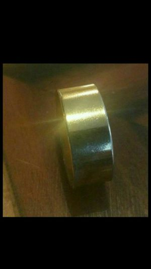 GOLD WEDDING BAND RING for Sale in Lincolnwood, IL