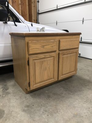 Bathroom Vanity for Sale in Duvall, WA