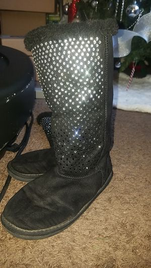 Justice winter boots size 7 girls for Sale in San Bernardino, CA