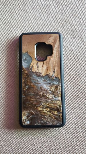 """Samsung Galaxy S9 """"Carved"""" Wood and Resin Phone Case Handmade Unique Gift Never Used for Sale in Lexington, KY"""