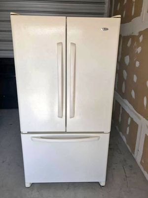FREE DELIVERY! Amana Refrigerator Fridge Bottom Freezer Works Perfect #908 for Sale in Riverside, CA