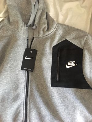 Nike sweatsuit for Sale in Atlanta, GA