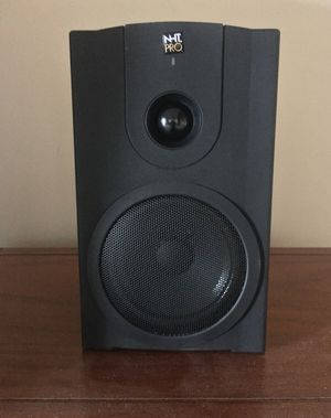 TWO SPEAKERS NHT Pro model m-00 for Sale in Kansas City, MO