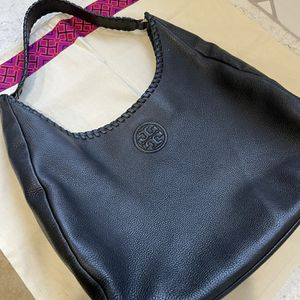 Tory Burch Black Purse for Sale in Lake Worth, FL