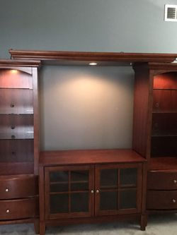 5 Piece Entertainment Wood Center With Glass Shelves for Sale in Corona,  CA