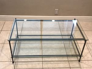 """2 Tier heavy thick glass coffee table 3 pieces 42""""x 17""""h x 23"""" w TV stand PORCH PICK UP for Sale in Fort Lauderdale, FL"""