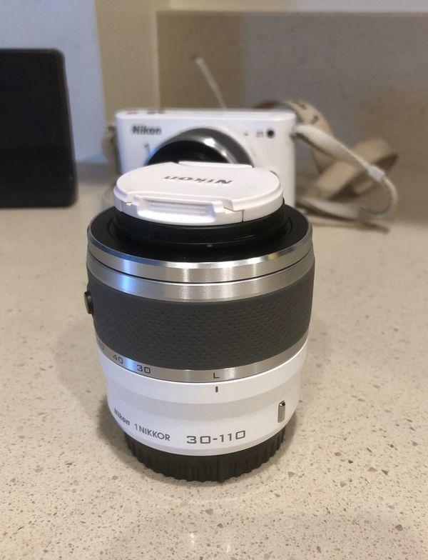Nikon J1 Package & Lenses