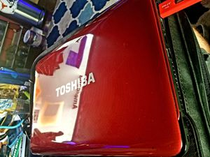 💥Toshiba laptop with accessories💥 for Sale in San Antonio, TX