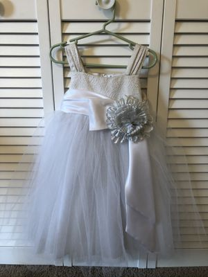 3T flower girl dress for Sale in Cumming, GA
