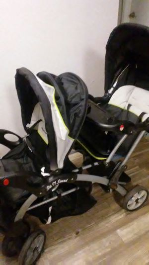 Double stroller sit and stand for Sale in Phoenix, AZ