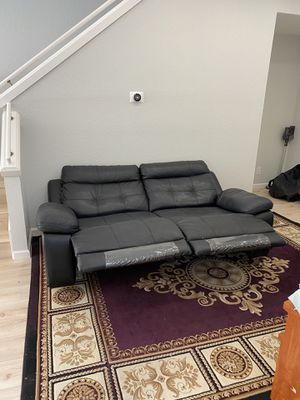 Almost brand new couch. for Sale in San Rafael, CA