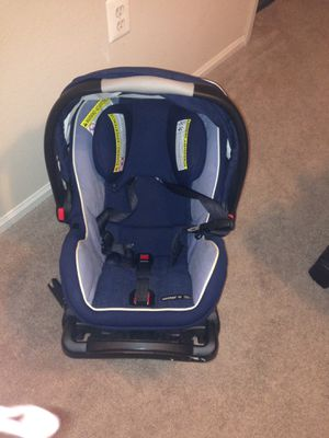 GRACO snugride 40 click connect for Sale in Herndon, VA