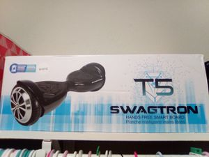 White Swagtron T5 Hoverboard for Sale in San Antonio, TX