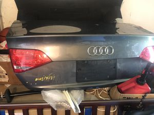 Audi A4 parts Trunk Lid 2009-2012 Baúl Maletero for Sale in Cooper City, FL