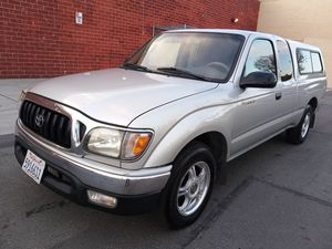 2002 Toyota tacoma 4 cylinder for Sale in Bellflower, CA