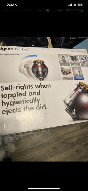 Dyson Big Ball Multi Floor Canister Vacuum Yellow/Iron for Sale in Los Angeles, CA